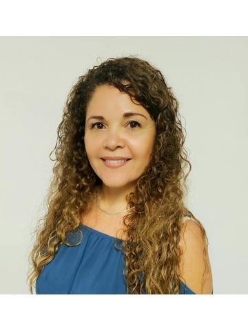 Ana P Leon
