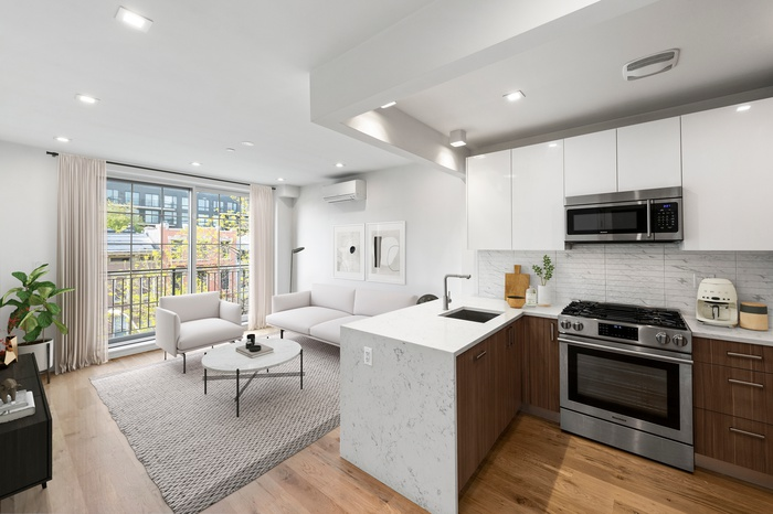 Upscale Living in the Heart of Trendy Brooklyn