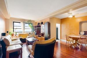 Spacious Top Floor Two Bedroom in Queens