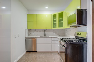 1 Month Free! 2 Bedrooms   2 Bathrooms in Newest Luxury Building in Journal Square Jersey City!