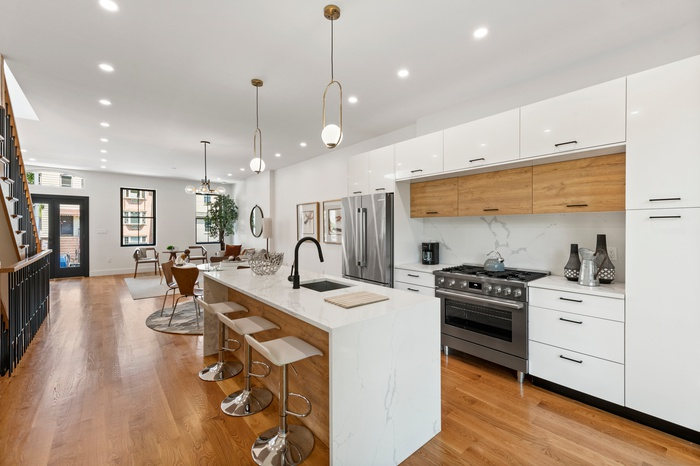 Pristine, Completely Renovated, Bed-Stuy Townhome