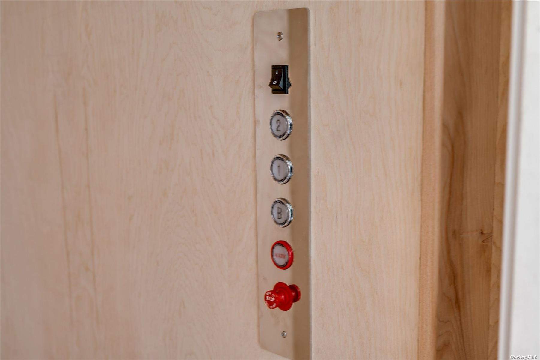 Elevator 3 Floors