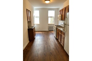 Amazing 1 Bedroom with Home Office on Trendy Franklin Street - Greenpoint Waterfront!!