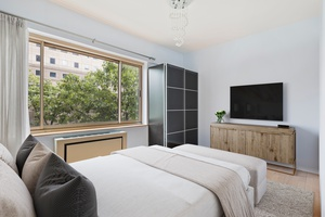 NEW PRICE   Bright, Open, Renovated 1Bed in Battery Park City