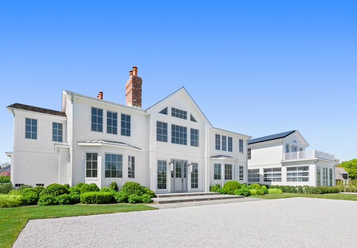 Timeless New construction in Southampton Village