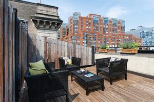 Brooklyn Heights Large Studio + Home Office (Bedroom), Large Outdoor Terrace, Open Kitchen, Hardwood Floors, Bosch W/D
