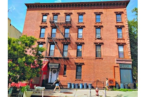 Bright Park Slope Jr. 1 Bedroom Union and 6th