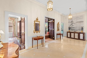 Step out of your private elevator vestibule into the entrance gallery and be greeted by a light filled Park Avenue home with large windows and nearly 11.