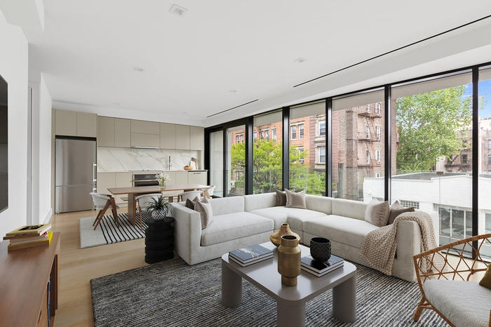 LOFT LIKE 2 BED IN PRIME GREENPOINT