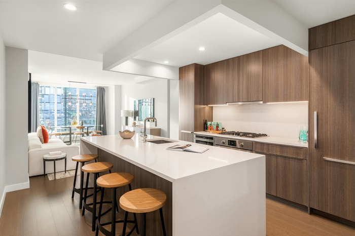 Massive 2 Bed 2 Bath in Luxury UWS Building with Skyline and Water Views