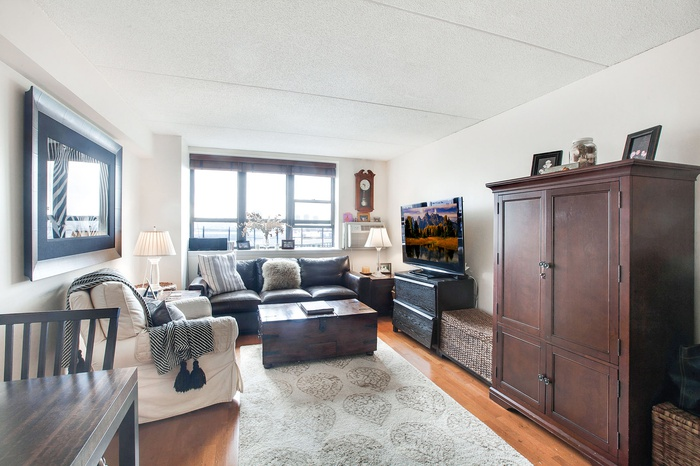 One Bedroom Condo With Central Park Views