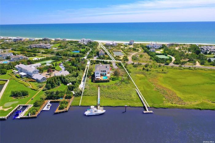 Spectacular Designers Bayfront Rental Opportunity!