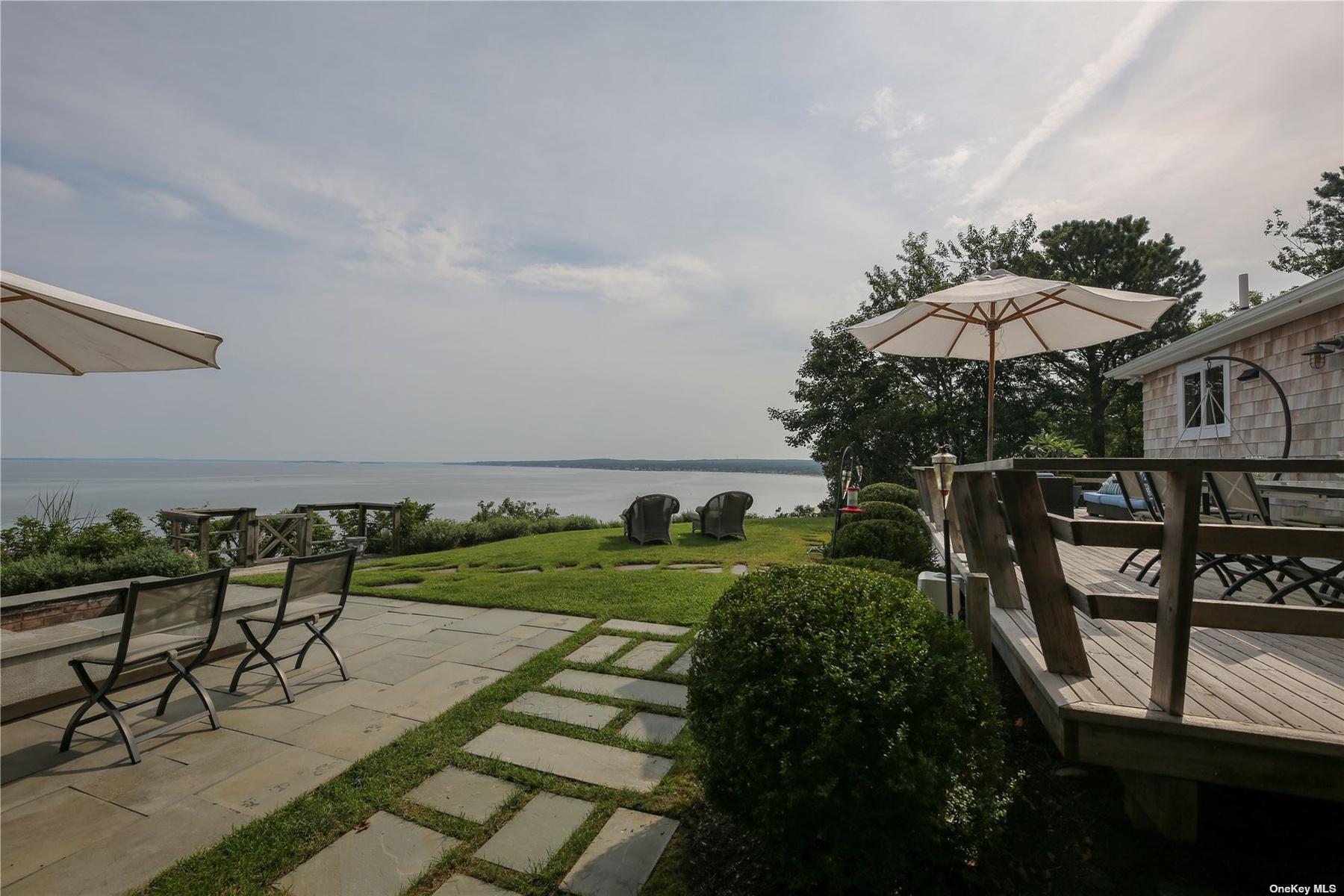Hamptons Coastline in Distance