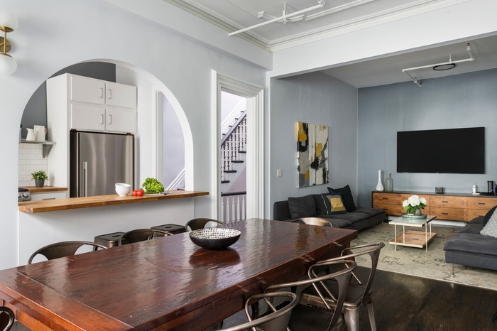 Fully Furnished & Modern Four Bedroom Midtown Townhouse