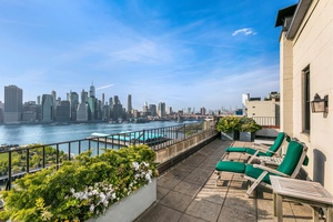 The Most Prime Penthouse in Brooklyn Heights With 93 feet of direct East River and New York Harbor frontage, Penthouse B at One Pierrepont Street offers a spectacular 360 degree ...