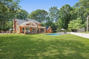 Gorgeous Home in Sag Harbor Village!