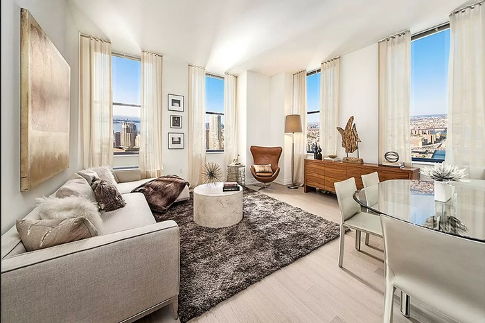Huge 2 Bed 2 Bath + Private Terrace with Amazing Fidi View