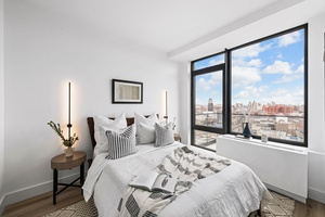 BRAND NEW, LUXURY 2 BED RENTAL AT THE ARCHES +NYC