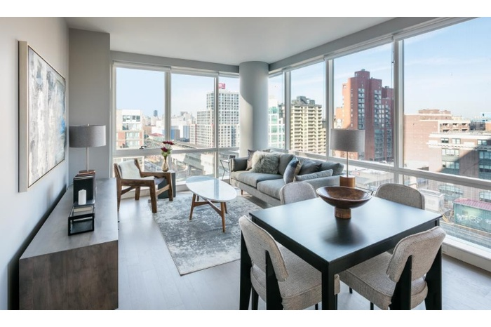 No Fee Two Bedroom In Lic With Floor To Ceiling Windows And