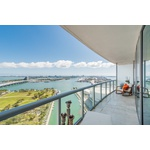 888 Biscayne Blvd. Apartment in Prime location!