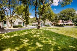 Irreplaceable Ultimate Hampton Resort in Sagaponack Village:  The Wainscott Inn