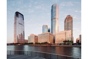 Luxury Living with Spectacular River View and Manhattan Skyline