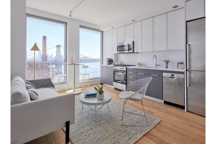 Beautiful Studio Bedroom Floor To Ceiling Windows Manhattan