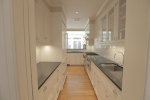 Triplex New To Market - Private Outdoor Patio - Renovated - 4 Bed 2.5 Baths - Prime East Village Location