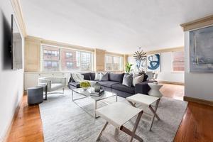 Rare 4 Bedroom Duplex Co-op in the Heart of Lenox Hill