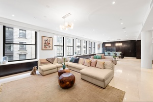 GRAND 4600sf Loft Living- Convert 4 Bedroom- in The Heart of The Flatiron