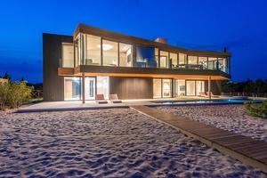 Quintessential Amagansett Modern Oceanfront Residence