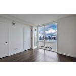 Elegant and Spacious 2 BR / 2 BA in Beautiful Battery Park City