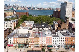 Washington St in Hoboken: Commercial and Residential Property