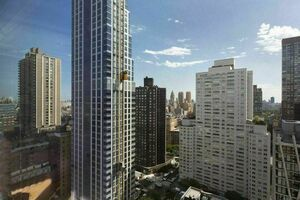 Bright 2 Br 2 Bath Co-op with Central Park Views