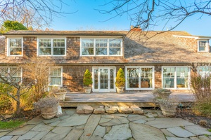 Amagansett 5 Bed Waterfront Cottage With Pool - Stunning!