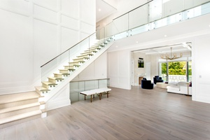 Spectacular new post-modern in Water Mill