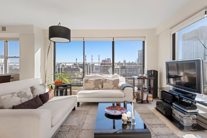NEWLY LISTED UES $1.35M 2 Bed 2 Bath PLUS WRAP AROUND TERRACE