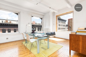 Don t miss this wonderful opportunity to live in a classic loft on a coveted Chelsea block.