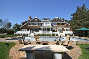 Water Mill South With 5 Beds ,8 Baths, Pool and Mecox Bay Access