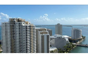 Luxury At Its Best 30th Floor Two Bed/Two Bath & Den - Recently Upgraded