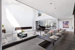 One of Soho s most breathtaking Penthouse provides an opportunity for a refined lifestyle rarely seen.