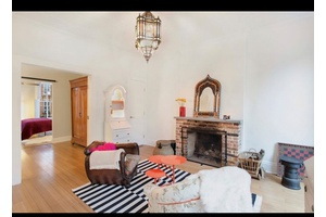 OVER SIZED TWO BED IN THE HEART OF CARROLL GARDENS