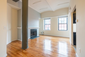 Stunning Studio Soho-Style Loft located in the heart of Downtown Hoboken!  Studio - 3 Bedroom Homes!  No Broker Fees! Close to Washington Street, Hoboken Path and Lightrail!