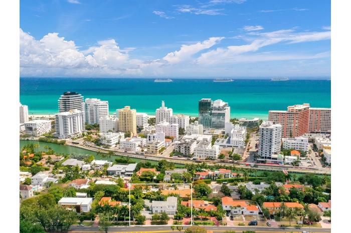 Miami Beach | Surfrside luxury home