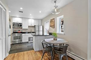 Impeccably renovated & well located 2 BR/1 BA condo near Grove Street