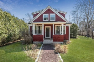 Cute & Quaint Single Family Traditional Home