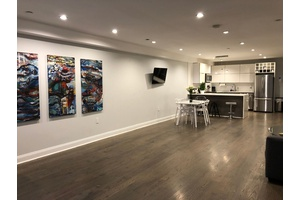 Luxurious & Modern 1,400 square foot Duplex with Shared Patio Oasis