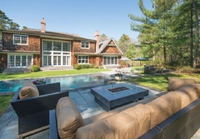 East Hampton 7 Bed Impecccable Home With Pool on 3 Private Acres