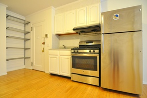 NO FEE & 1 Month Free! Beautiful 1 Bedroom Apartment in the heart of NoLita!