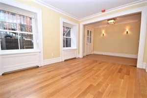 Brand new Four bedroom triplex for rent in Greenwich Village, Manhattan. Close distance to the 6, N, and R Lines.